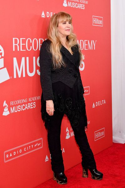 Stevie Nicks Photos - Honoree Stevie Nicks of music group Fleetwood Mac attends MusiCares Person of the Year honoring Fleetwood Mac at Radio City Music Hall on January 26, 2018 in New York City. - Stevie Nicks Photos - 83 of 1077