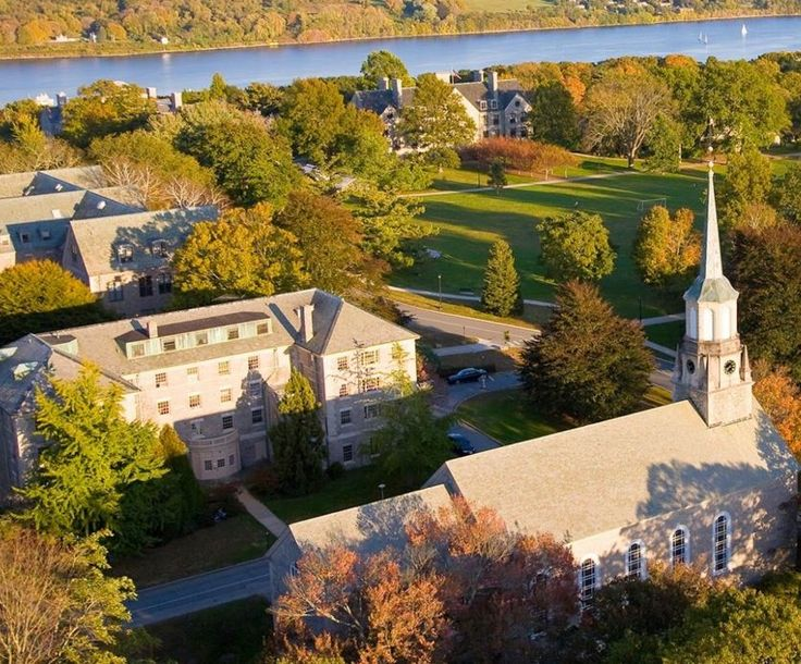 Top 5 Campus Dorms at Connecticut College – SOCIETY19 #conncoll #connecticut #college #housing #connecticutcollege #camels