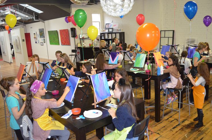Fun and colourful art parties!