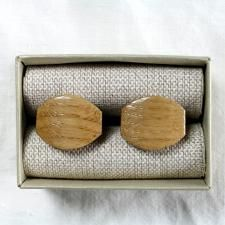 "Wooden design cufflinks ""Happy Tears"" handmade from a natural ash wood are designed in a unique teardrop shape. We hand sanded them to the finest detail. Combine with any model of our wooden bow ties. Get it for € 19.99."