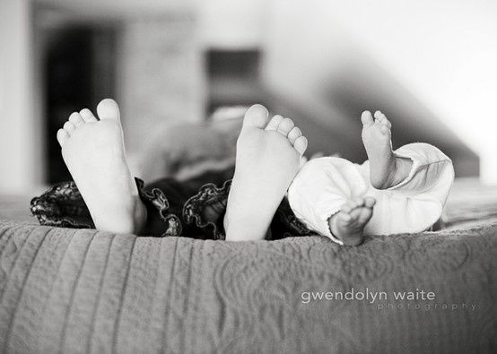 newborn and sibling photography - #Artsandcrafts