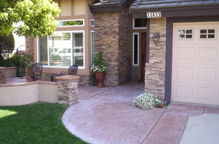 17 best ideas about front courtyard on pinterest for Front yard patio courtyard