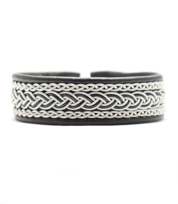 TENNARMBAND - SAMI BRACELET - MIKE via SolDesign - Tennarmband för alla smaker. Click on the image to see more!