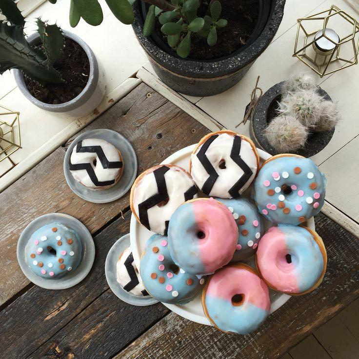 MOD Donuts @ Femi Pleasure Store & Showroom, Warsaw