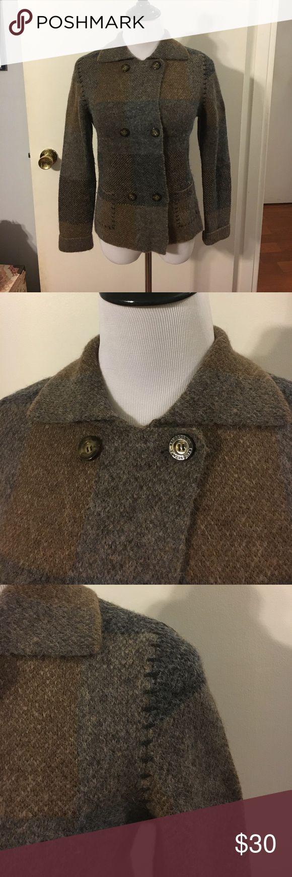 René Lezard gorgeous double breasted sweater coat Front patch pockets. Wool/alpaca/polyamide blend. Cuffs. Super soft! French size 36 René Lezard Jackets & Coats