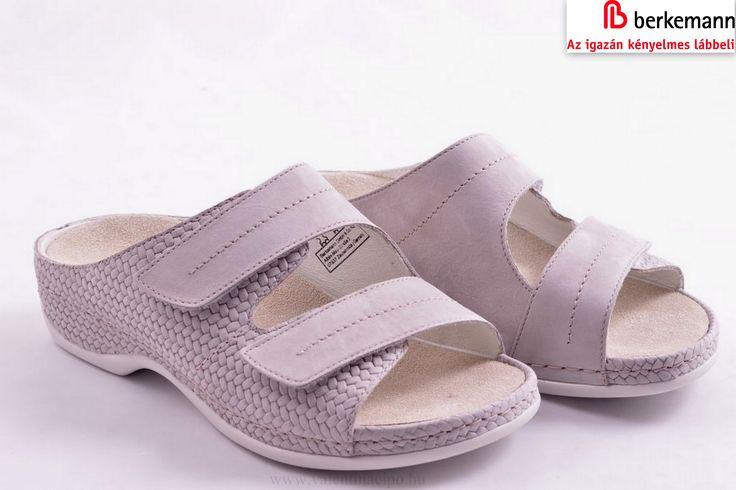 Mai napi ajánlatunk, kényelmes lépések női papucs a Berkemann márkából 👡👡  http://valentinacipo.hu/berkemann/noi/szurke/hazi-papucs/141665540  #Berkemann #női_papucs #Valentina_cipőbolt
