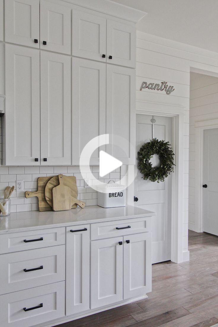 White Kitchen Cabinets Modern 2021 In 2020 Cabinet Hardware Placement Kitchen Cabinets White Kitchen Cabinets