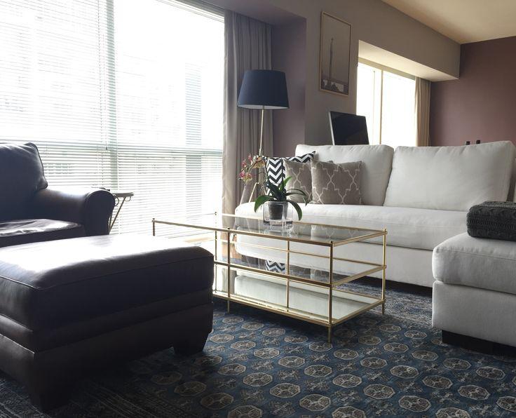Salón masculino, living room, tv room