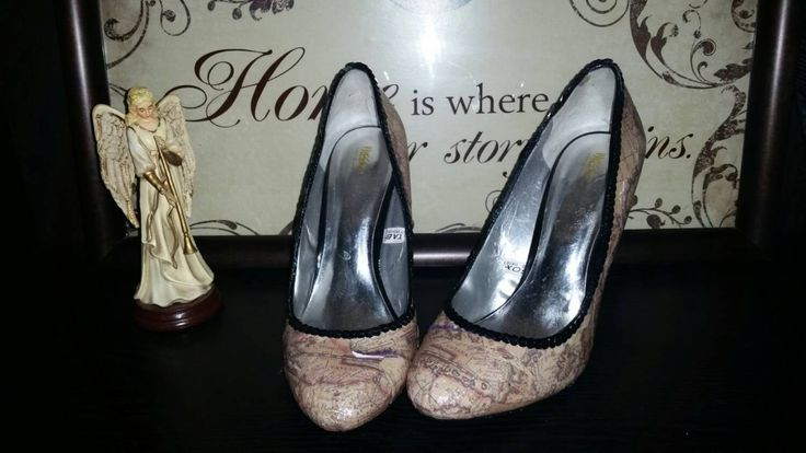 Pretty world map heels / shoes/ world travel/ world map/ - pinned by pin4etsy.com