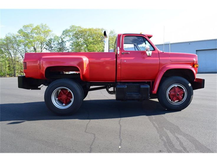https://classiccars.com/listings/view/987311/1986-gmc-c7000-for-sale-in-north-andover-massachusetts-01845