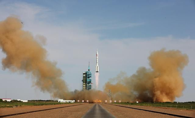 China's Space Program Tries to Catch Up
