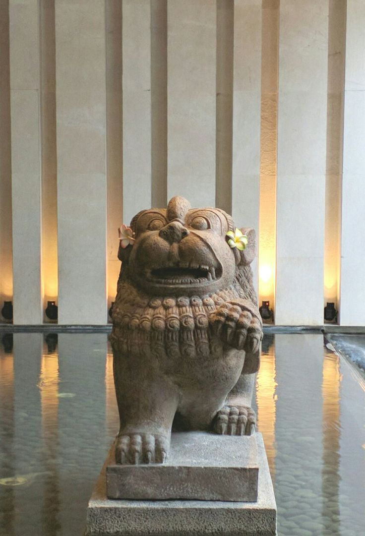 Stone lion from @kulukgallery at the Fairmont hotel in Sanur # Bali