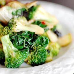 Geroerbakte boerenkool met broccoli