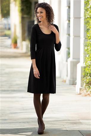 Scoopneck-Short--Knit-Dress