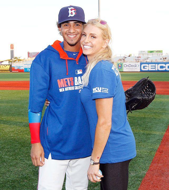 Celebrity Softball | Brooklyn Paper