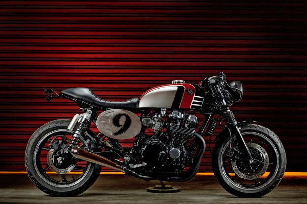 Spitfire 09: a retro-themed custom Honda Nighthawk by Macco Motors.