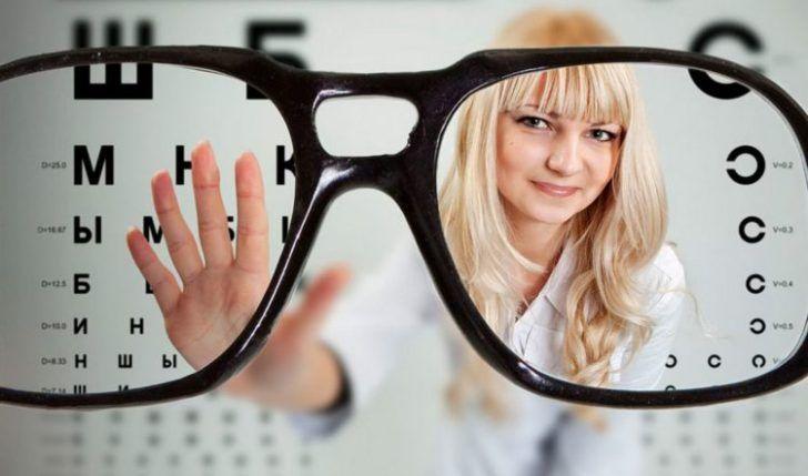 Прогрессирующая близорукость – это форма нарушения зрения, при которой наблюдается падение остроты зрения за короткий период. Как правило, это быстрое снижение остроты зрения, а именно на 1 диоптрию за 1 год. По статистике около 64% населения в возрасте от 7-18 лет имеют отклонения в развитии органов зрения.