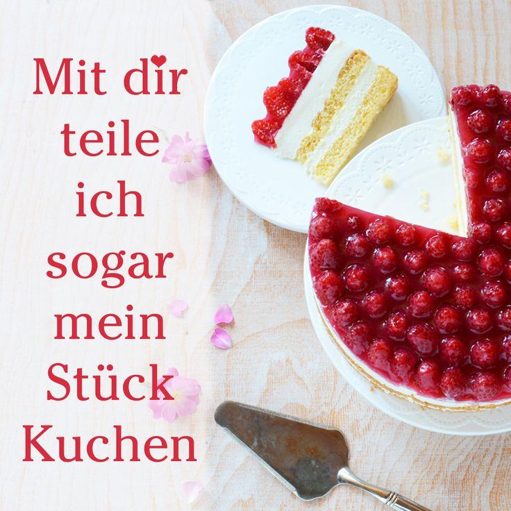 Eine Sahnige Torte Mit Himbeerbelag Und Käse Sahne Füllung Für Den Sommer.