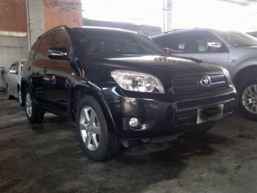 For Sale 2007 Toyota RAV 4 4WD Automatic more info please visit http://www.autotrade.com.ph/carsforsale/2008-toyota-rav-4-4x4-at/