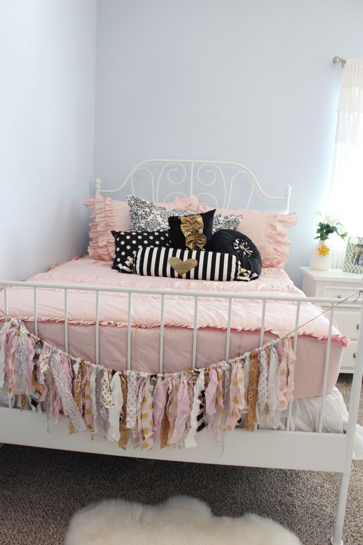 Black and white and pink bedrooms - Blush Pink Black White Gold Girls