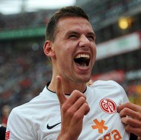 140 nap után gólt szerzett Szalai Ádám - http://hjb.hu/140-nap-utan-golt-szerzett-szalai-adam.html/