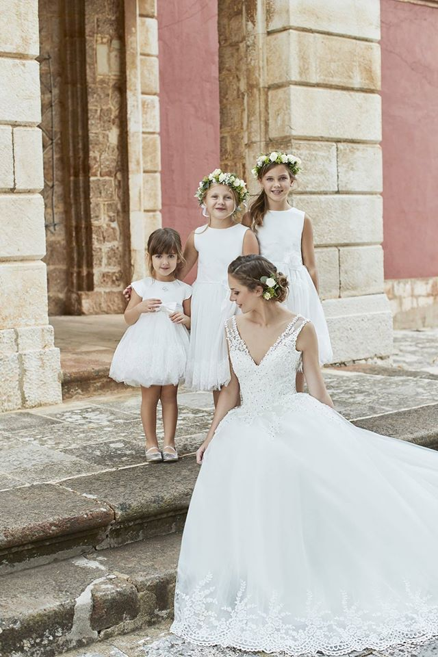 Carlo Pignatelli Fiorinda and Junior - collections 2017 #carlopignatelli #sposa #bride #abitodasposa #weddingdress #bridalgown #matrimonio #wedding #weddingday #damigelle #newcollection #nuovacollezione #junior #kidstyle #kidswear #kidsfashion
