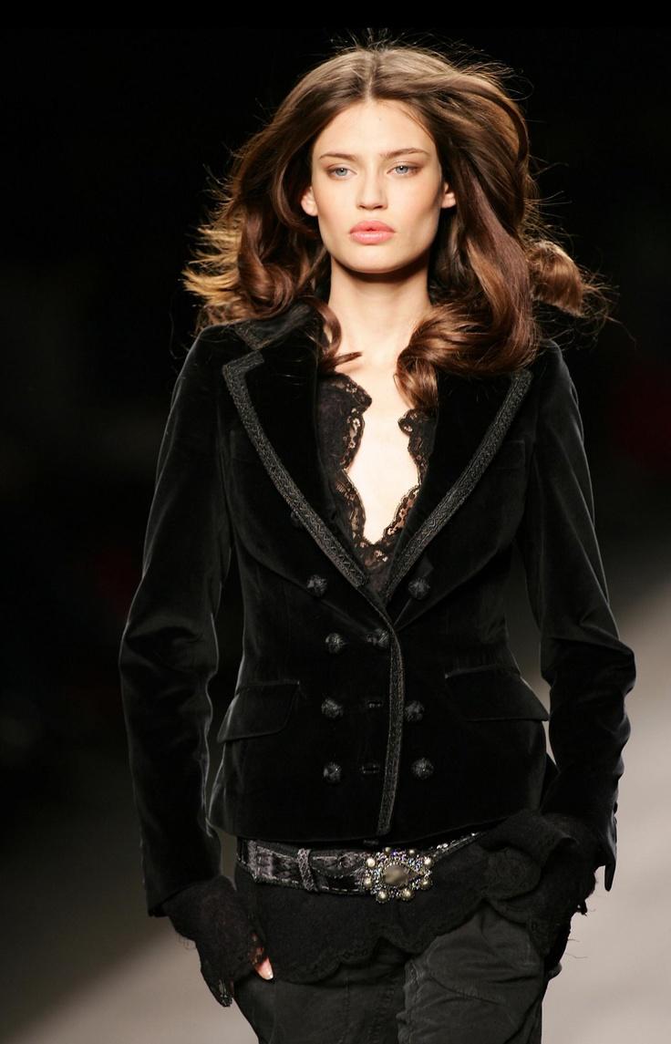 omg I want this jacket.  black velvet