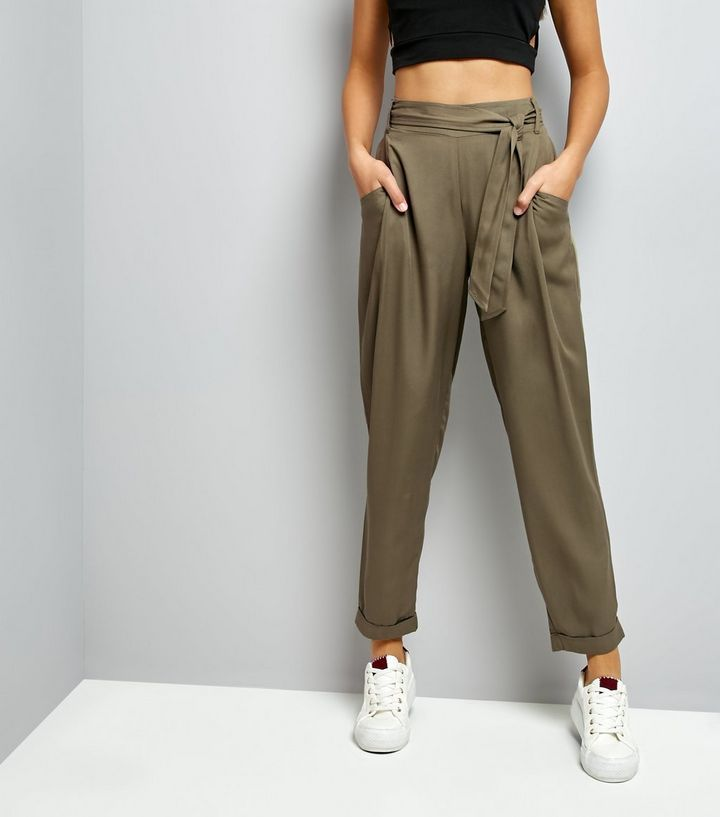 L2017 http://www.newlook.com/row/womens/clothing/trousers/khaki-tie-waist-trousers-/p/518406434?comp=Browse