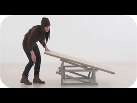 Coffee table that converts to desk AND dining table! Ingenious use of a bar to act as both hinge and slide. MESA TRANSFORMABLE 2 DE 2