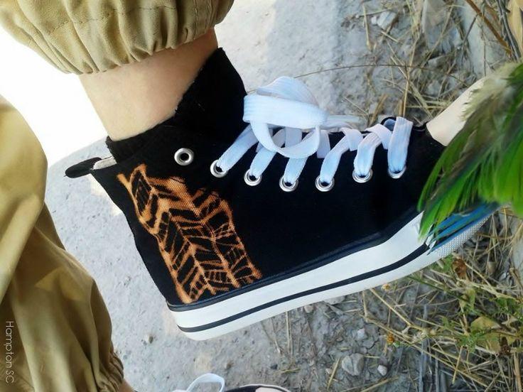 Customizar unas zapatillas tipo Converse con lejía