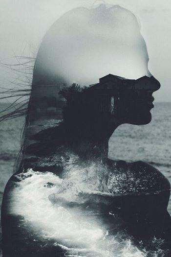 """""""Oysa bir bilse gülüşünün kıyısına sığınıp bir ömür geçirebileceğimi..Bilse sesini her duyduğumda içimden durmaksızın bilmediğim, unutulmuş dillerde şarkılar söylediğimi..Bilse adının geçtiği her yeri ve her şeyi durup durup, incitmemek için parmaklarımın ucuyla sevdiğimi.."""" Ali Lidar"""