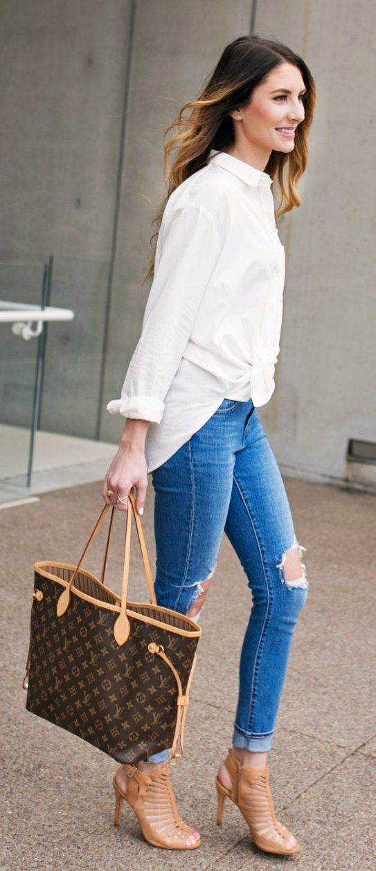 White Shirt & Ripped Skinny Jeans & Brown Printed Leather Tote Bag
