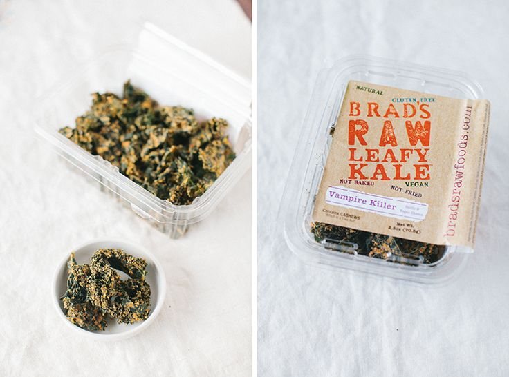 vegan kale chips... so so yummy!!: Simoneann Kalechip, Kale Chips, Vegans Kale, Simoneanne Kalechip, Simon Anne, Healthy Daily, Raw Leafi, Leafi Kale, Brad Raw