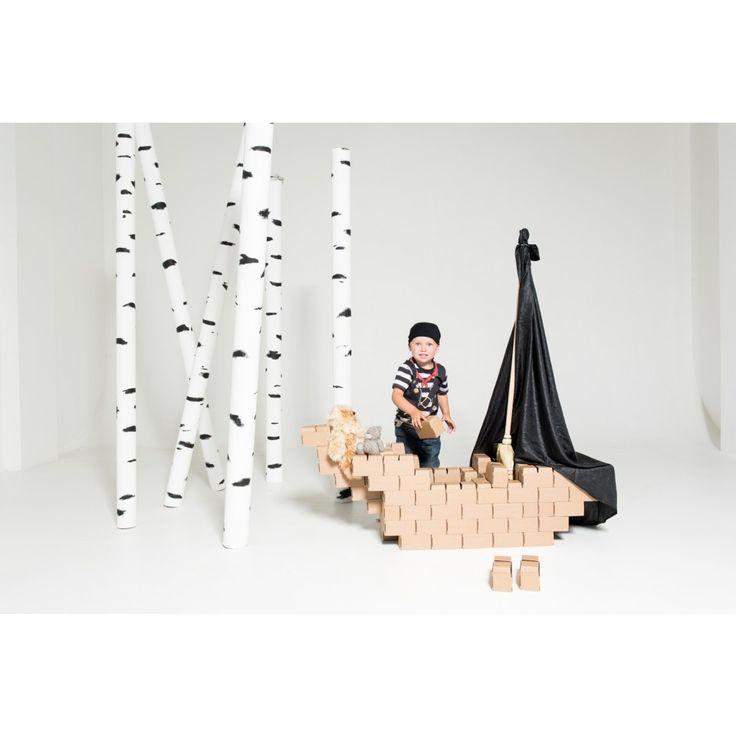 Gigi Bloks - Big- byggblock som viks ihop. Av omålad kartong som kan målas!