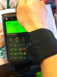Spor bileklik cuzdana temassiz kredi karti koyarak kendi contactless payment cozumunuzu yaratin!