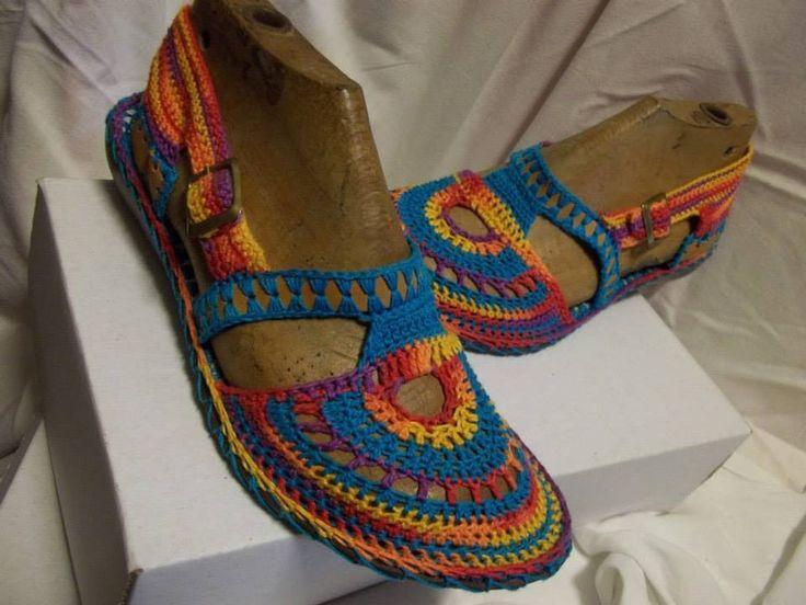 zapato tejido paso a  paso                                                                                                                                                      More