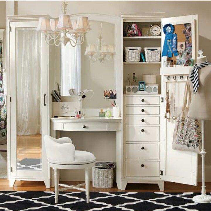 Teen bedroom vanity
