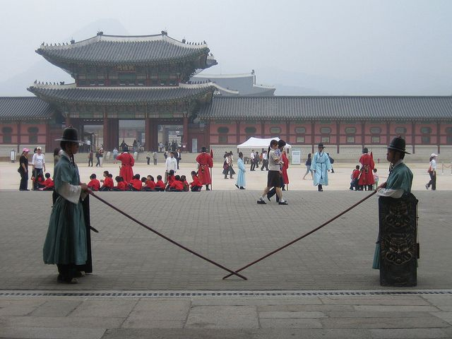 What Not to Do in Seoul http://thingstodo.viator.com/south-korea/what-not-to-do-in-seoul/