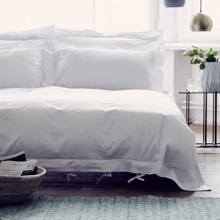 Delightfully decorous, our Arles Bed Linen is made using 100% mercerised cotton…