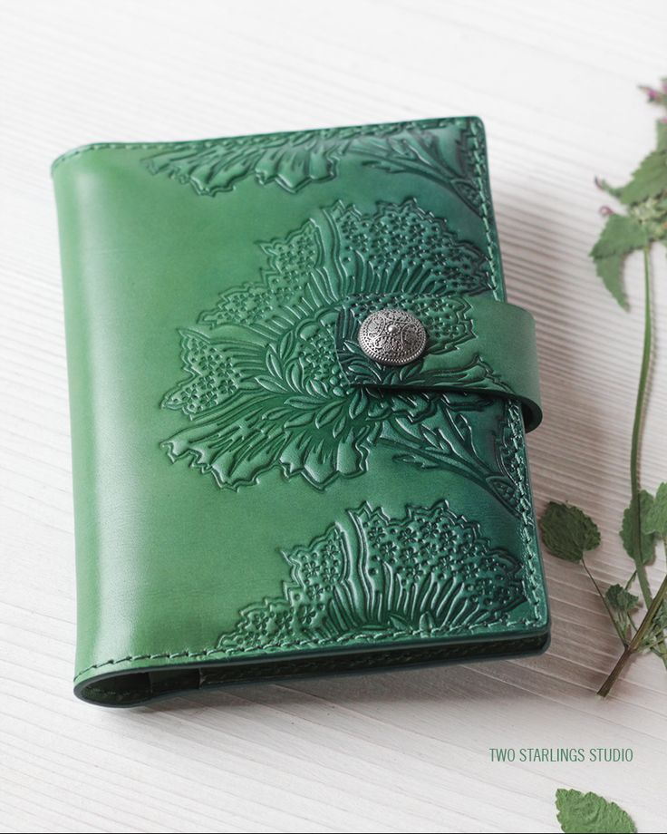 Green Leather Passport Holder Travel Wallet with Snap Closure for Women Ladies, Hand Painted Tooled Personalized Passport Wallet For Women