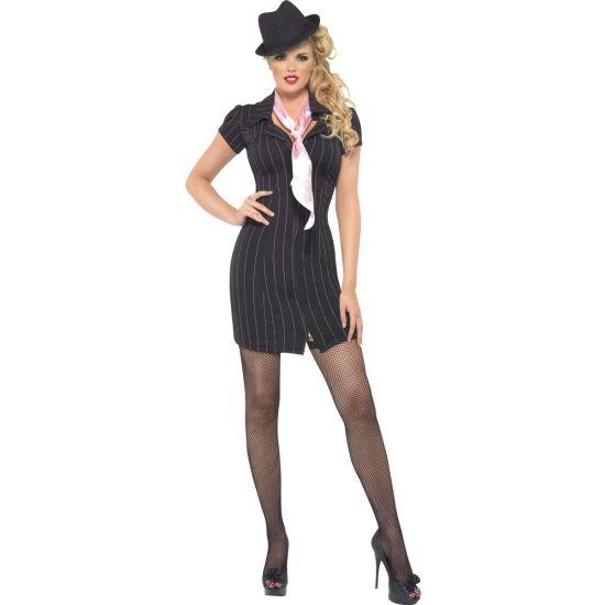 Zwart gangster jurkje met roze sjaal voor dames. Deze zwarte gangster jurk met roze sjaal is exclusief hoed en andere accessoires. Deze gangster hoed is wel los verkrijgbaar in onze winkel. Pasvorm: small: heupomtrek van 94 tot 97 cm, borstomtrek van 88 tot 90 cm. Medium: heupomtrek van 100 tot 104 cm, borstomtrek van 94 tot 98 cm. Large: heupomtrek van 108 tot 113 cm, borstomtrek van 102 to 107 cm.