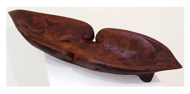 Te Waka Kai (Totara wood) by Joe Kemp