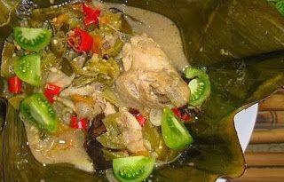 Resep Cara Membuat Garang Asem Ayam Khas Kudus  http://dapursaja.blogspot.com/2014/01/resep-cara-membuat-garang-asem-ayam.html
