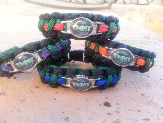 OMG!!! I MUST HAVE!!! I have a nickelodeon TMNT one but I want one of these too! Teenage Mutant Ninja Turtles TMNT Paracord by DavesParacords