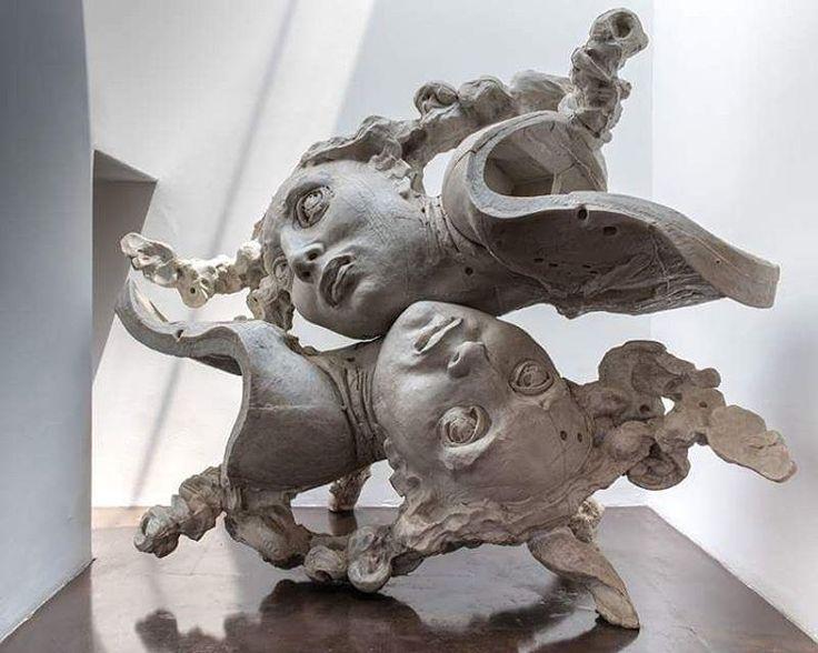#JavierMarin, #javiermarinescultor. #escultura de #resina poliéster. #Arte, #artecontemporaneo, #figurahumana, #cuerpo. Polyester #resin #sculpture. #art, #contemporaryart, #humanbody, #body #FredericClad #THEFARM