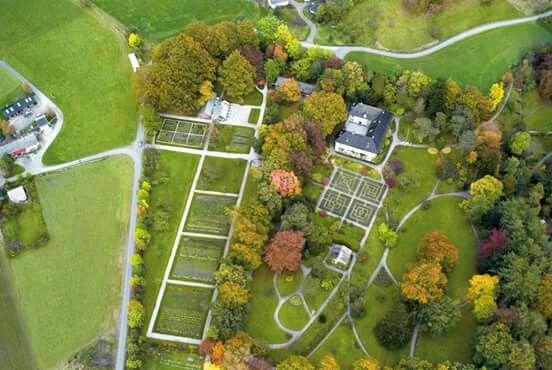 Rosendal slott, Baronivegen 60, 5470 Rosendal, Norway