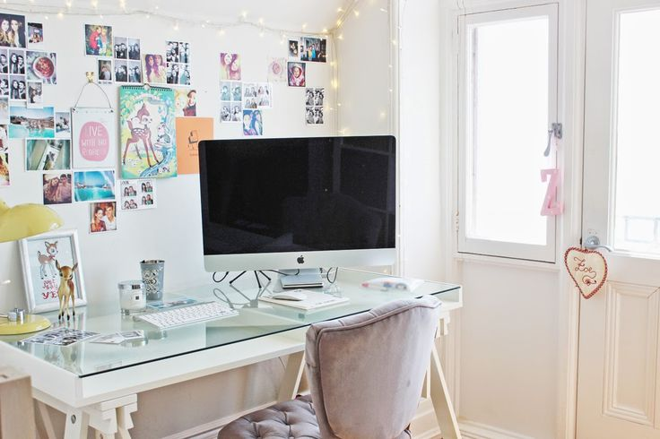 zoella's office - love the sporadic photos on the wall and the inspirational quotes