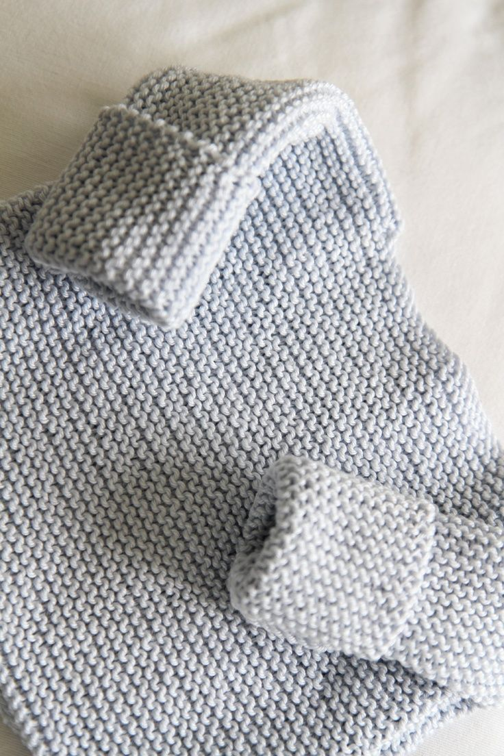 The Bra Birth Baby Sweater by Granny knits *Free Pattern