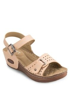 Casual Wedge Sandals from Spiffy in beige_1