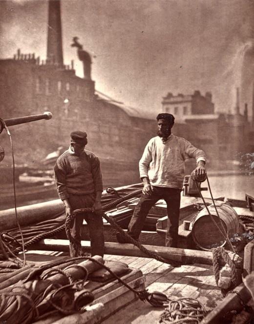 Street life in London, 1876.